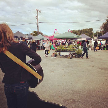 Albany Farmers Market - Buskers