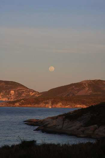 Full Moon at Sunset at Frenchman Bay, Albany Australia